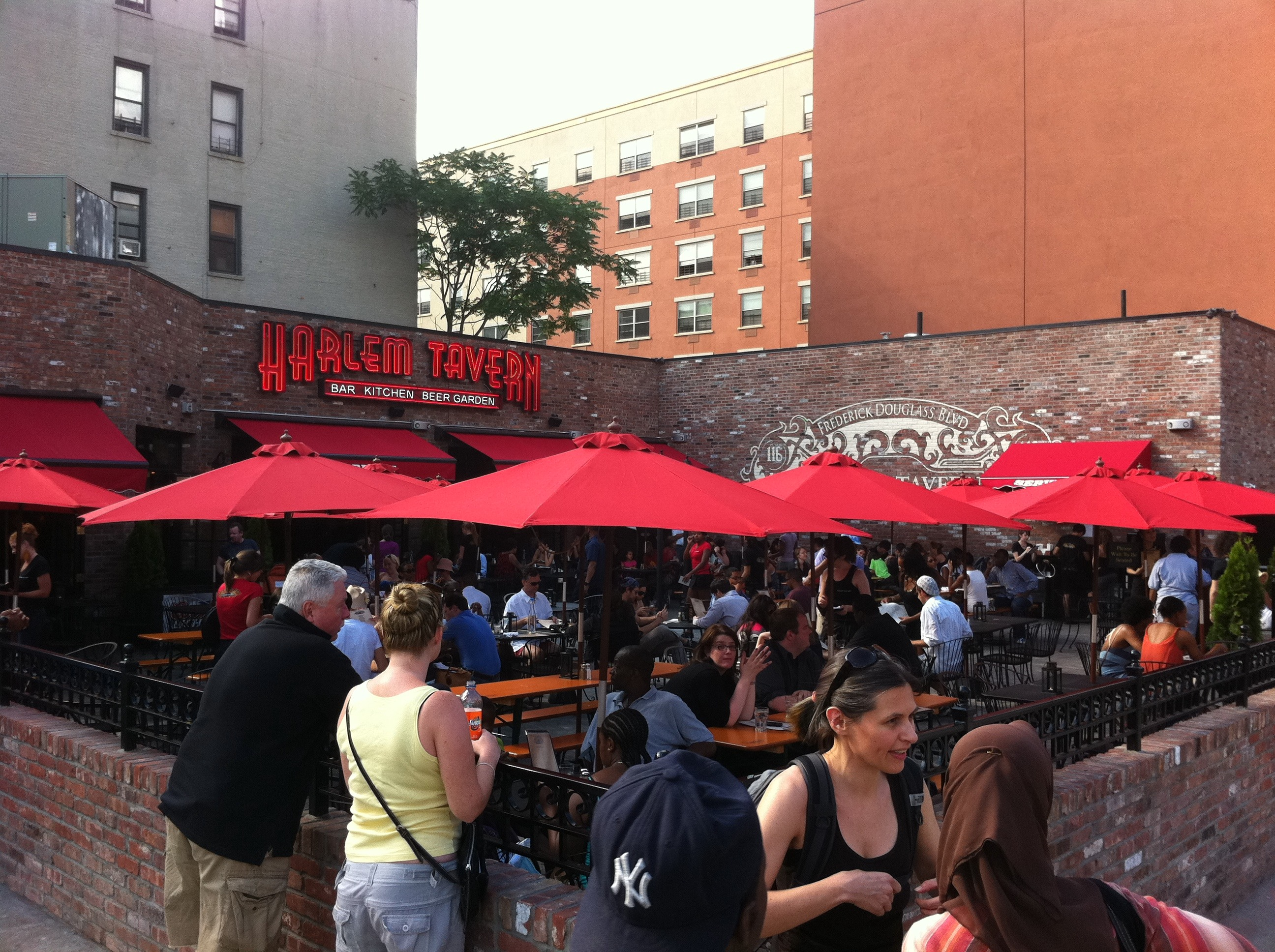 Harlem Tavern Outdoor Dining